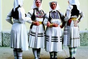 Korizmeno ruho iz Rečice (okolica Karlovca) (Iz fototeke Posudionice i radionice narodnih nošnji)